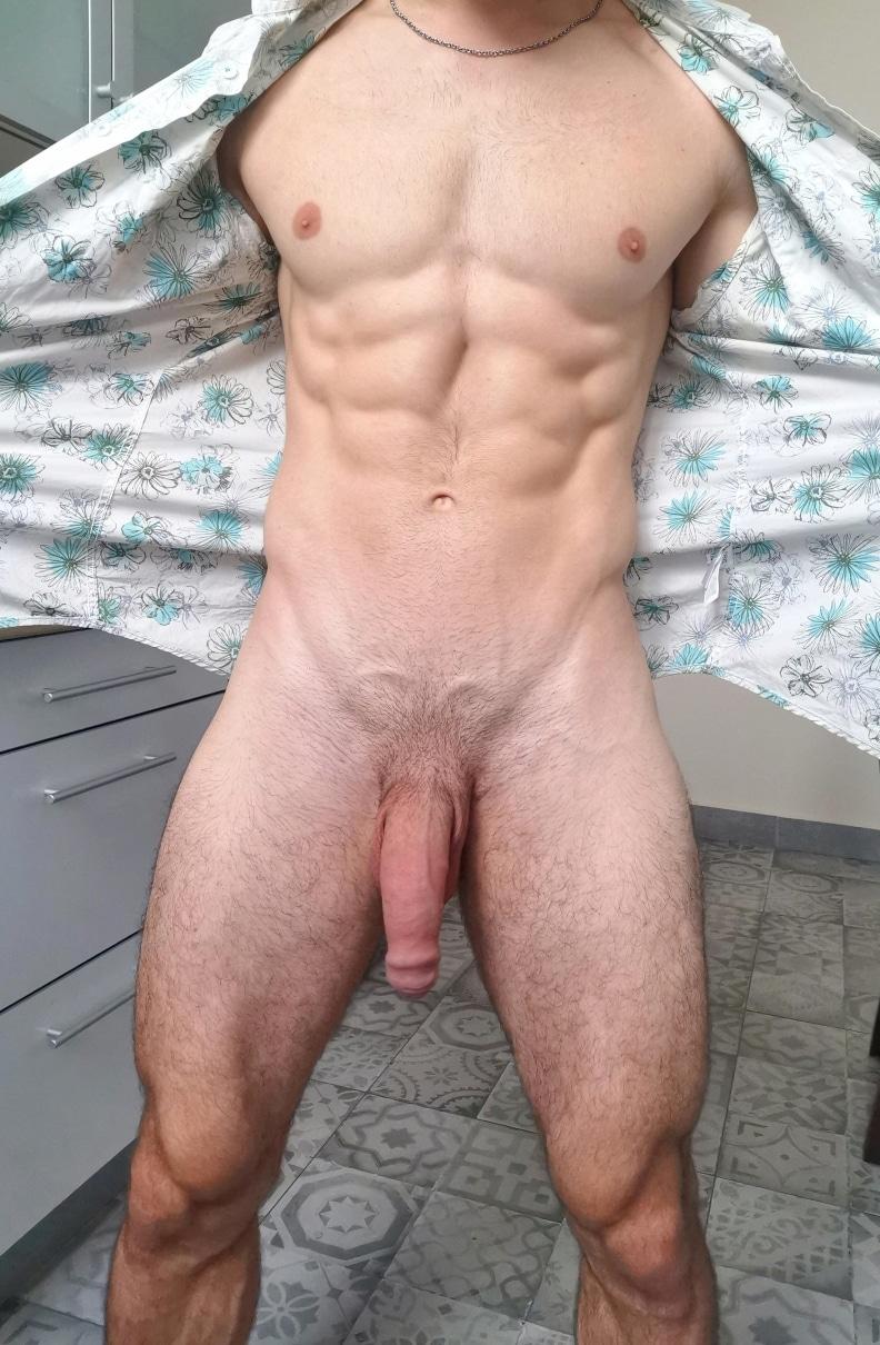 Hung hunk showing cock