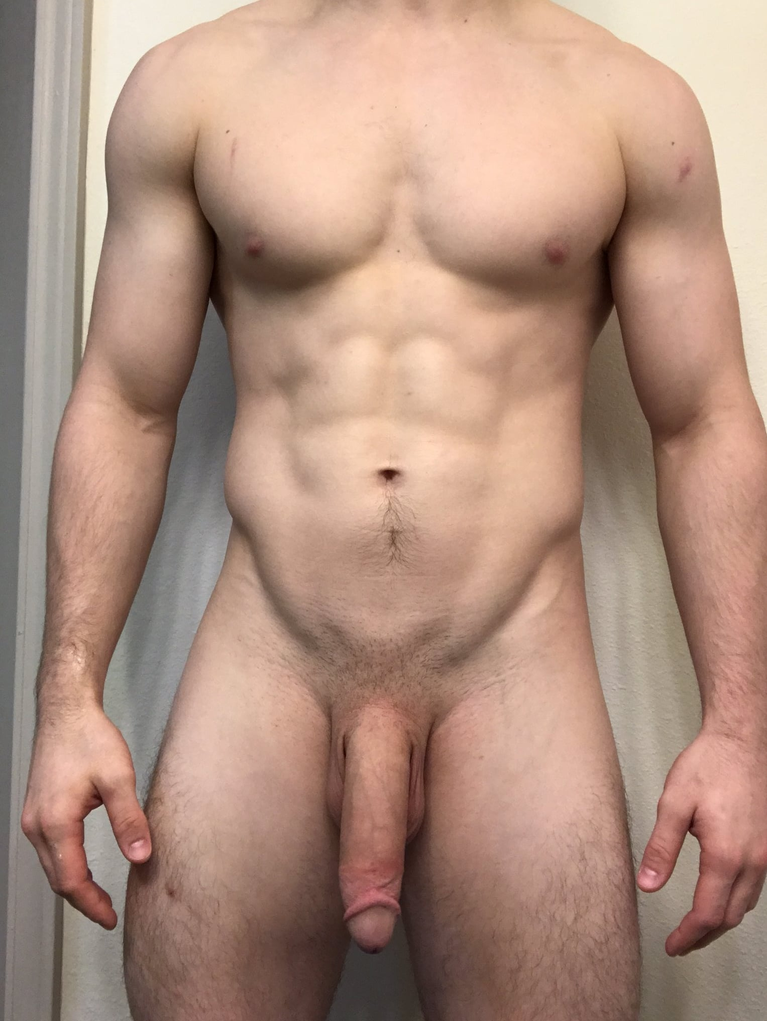 Hung nude hunk taking a selfie