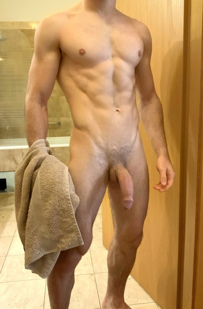 Hung stud with a hot body