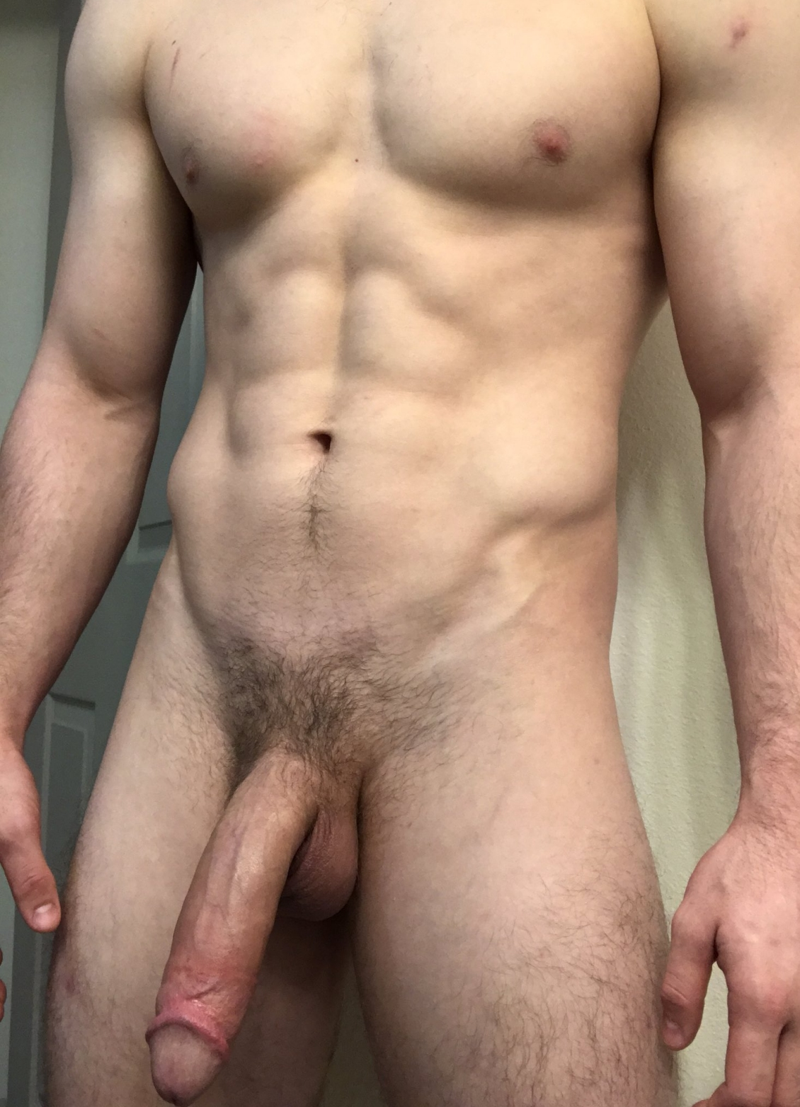 Hunk with a huge dick