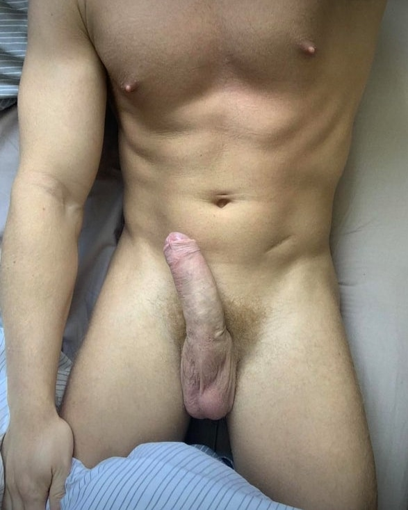 Hunky guy with a hot cock