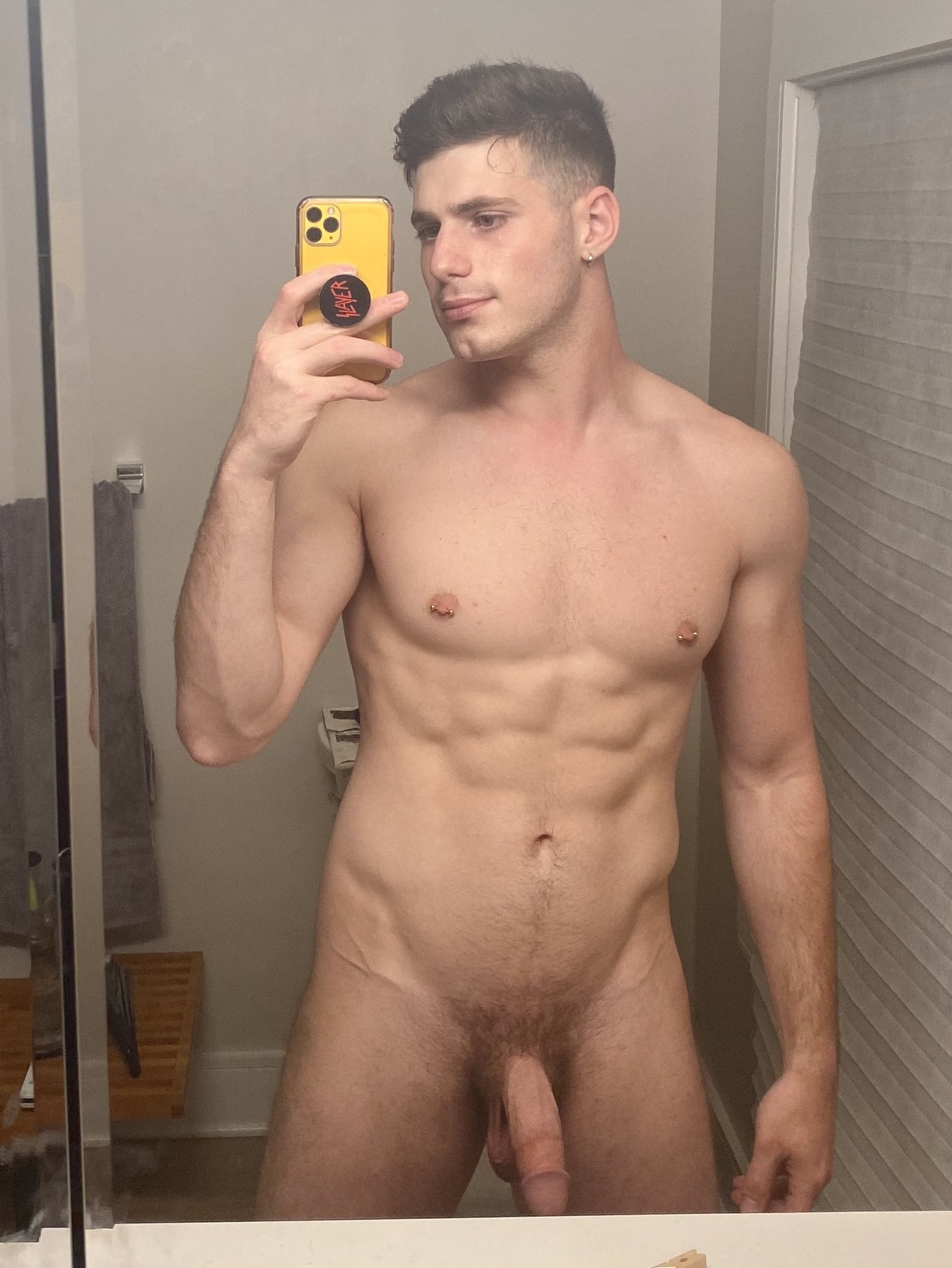 Nice muscles on this guy