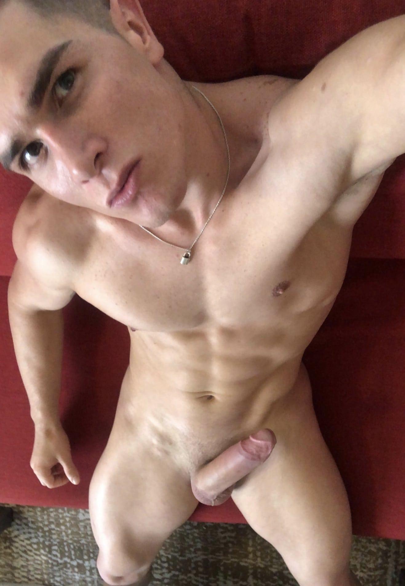 Sexy nude selfie stud